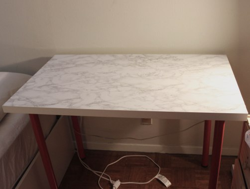 finished marble table
